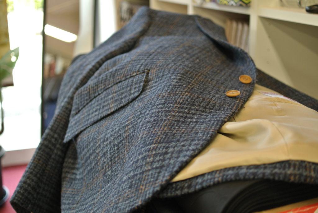 スコットランドが織りなす風合い新柄ハリスツイードのジャケットお仕立て オーダースーツ アスター 千葉・佐倉市うすい 八千代市・村上